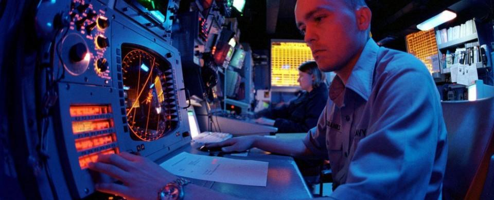 Navy-electronic-warfare-tech-000603-N-7355H-001-1024x651